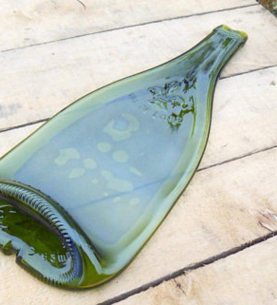 Plateau bouteille vin de Loire, pour y disposer vos apéros ! 15€ sur Etsy.com , 1 exemplaire !
